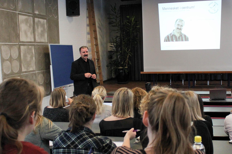 Ahmet Demir Foredragsholdere