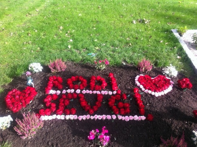 Sevgi og Rodis grav