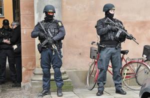 Militære og politimæssige bekæmpelse af terror.Photo Credit: Jack 1954 via Compfight cc